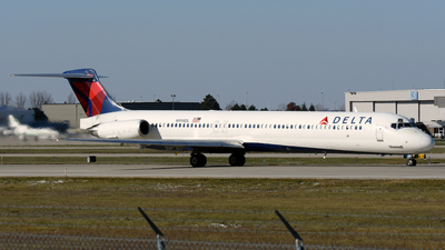 N998DL - McDonnell Douglas MD-88 - Delta Air Lines