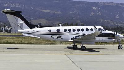 A picture of N73WC - Beech 300 Super King Air 350 - [FL135] - © Nathaniel Schott