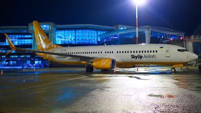 A picture of URSQA - Boeing 7378H6 - SkyUp Airlines - © Mario Alberto Ravasio - AviationphotoBGY