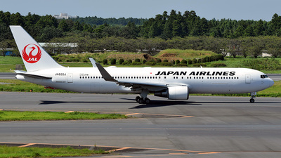 A picture of JA620J - Boeing 767346(ER) - Japan Airlines - © 42 dono