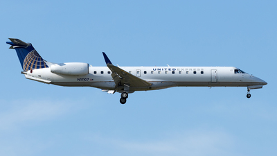 N11107 - Embraer ERJ-145XR - United Express (ExpressJet Airlines)