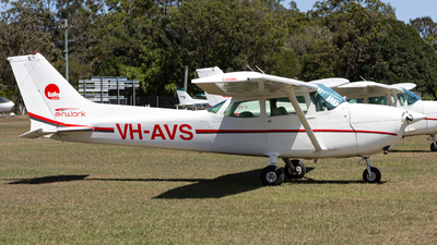 VH-AVS - Cessna 172N Skyhawk - Airworks Helicopters