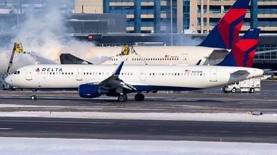 N393DN - Airbus A321-211 - Delta Air Lines