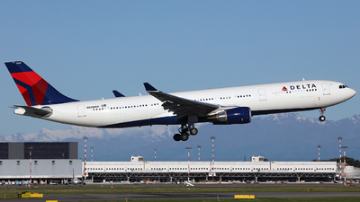 N830NW - Airbus A330-302 - 1769