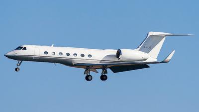 M-ALAY - Gulfstream G-V(SP) - Private