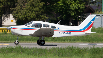 I-CGAM - Piper PA-28-151 Cherokee Warrior - Private