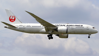 JA832J - Boeing 787-8 Dreamliner - Japan Airlines (JAL)