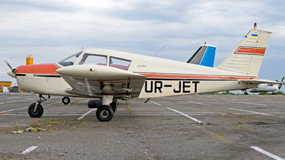 UR-JET - Piper PA-28-140 Cherokee D - Private