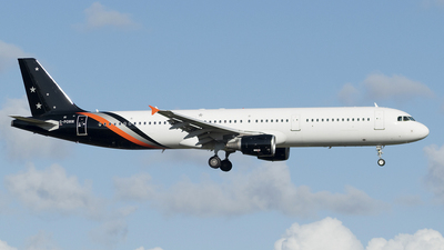 G-POWW - Airbus A321-211 - Titan Airways