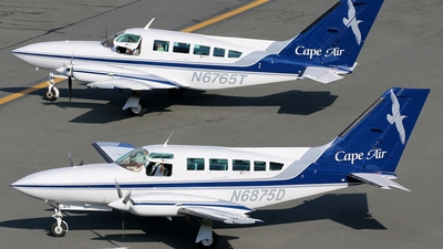 N6875D - Cessna 402C - Cape Air