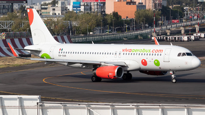 A picture of XAVAA - Airbus A320232 - VivaAerobus - © Cristobal  R. Spotter