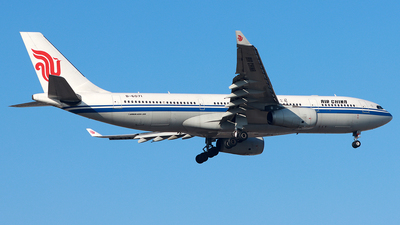 B-6071 - Airbus A330-243 - Air China