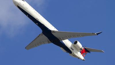 A picture of N802SK - Mitsubishi CRJ900LR - Delta Air Lines - © Jeremy D. Dando