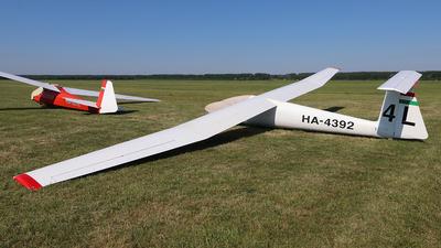 HA-4392 - SZD 30 Pirat - Private