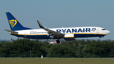 A picture of SPRSC - Boeing 7378AS - Ryanair - © Szabó Imre
