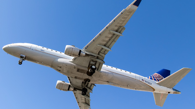 N110SY - Embraer 170-200LR - United Express (SkyWest Airlines)