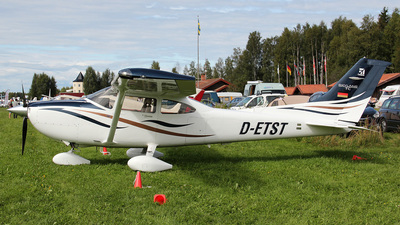 D-ETST - Cessna T182T Skylane TC - Private