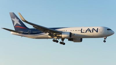 CC-CXF - Boeing 767-316(ER) - LAN Airlines