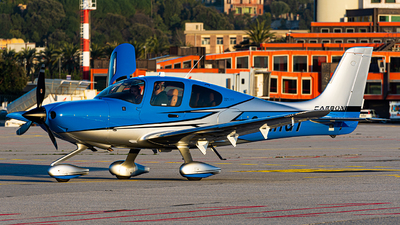 2-MRGT - Cirrus SR22 G5 Carbon - Private