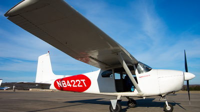 N8422T - Cessna 182B Skylane - Private