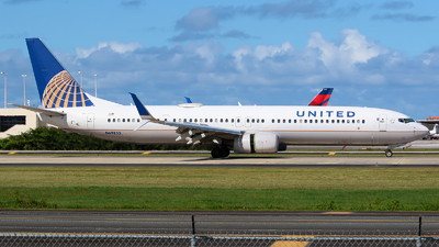 A picture of N69833 - Boeing 737924(ER) - United Airlines - © Angel Natal