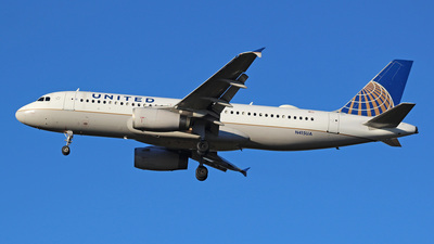 N415UA - Airbus A320-232 - United Airlines