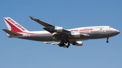 VT-AIQ - Boeing 747-412 - Air India