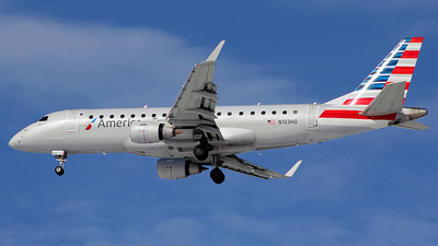 A picture of N103HQ - Embraer E175LR - American Airlines - © Chrisjake