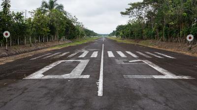 SELN - Airport - Runway