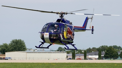 N133EH - MBB Bo105CBS-4 - Red Bull Racing Team