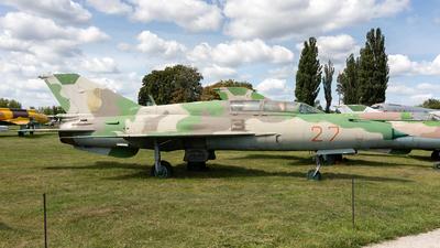 27 - Mikoyan-Gurevich MiG-21UM Lancer B - Ukraine - Air Force