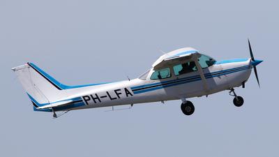 A picture of PHLFA - Cessna 172P Skyhawk - [17274058] - © BaszB