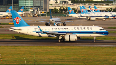 A picture of B30AJ - Airbus A320251N - China Southern Airlines - © BillyLIAO