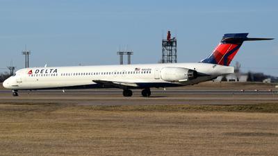 N904DA - McDonnell Douglas MD-90-30 - Delta Air Lines
