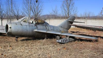 63364 - Mikoyan-Gurevich MiG-15UTI Midget - China - Air Force