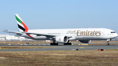 A6-EQH - Boeing 777-31HER - Emirates