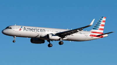 A picture of N998AN - Airbus A321231 - American Airlines - © Michael Place