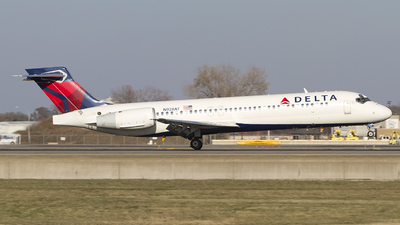 N928AT - Boeing 717-231 - Delta Air Lines