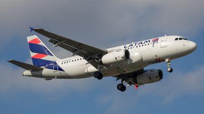 PT-TML - Airbus A319-132 - LATAM Airlines
