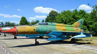 9613 - Mikoyan-Gurevich Mig-21MF Lancer A - Romania - Air Force