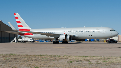 N382AN - Boeing 767-323(ER) - Untitled
