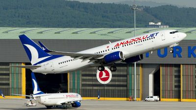 A picture of TCJFY - Boeing 7378F2 - Turkish Airlines - © Alp AKBOSTANCI