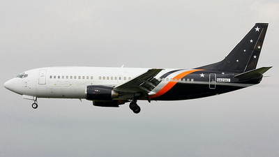 N421AU - Boeing 737-3L9(QC) - Untitled