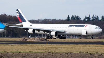 F-GLZR - Airbus A340-313X - Untitled