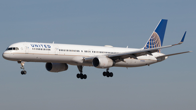 A picture of N75854 - Boeing 757324 - United Airlines - © Jacob Sharp - MkeAviation