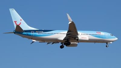 A picture of DATUE - Boeing 7378K5 - TUI fly - © Julian S.