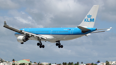 PH-AOC - Airbus A330-203 - KLM Royal Dutch Airlines