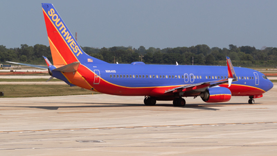 N8640D - Boeing 737-8H4 - Southwest Airlines