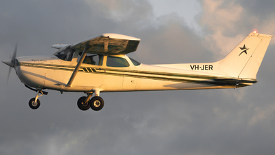 VH-JER - Cessna 172N Skyhawk II - White Star Aviation