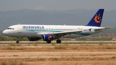 EC-JQP - Airbus A320-214 - Iberworld Airlines